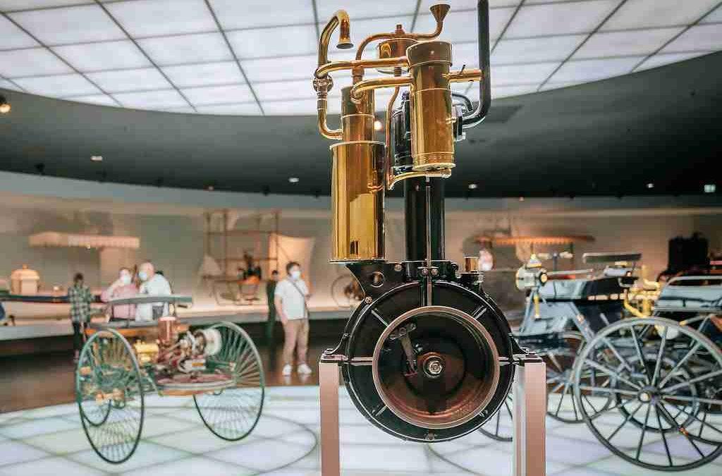 "Gottlieb Daimlers ""Standuhr"""