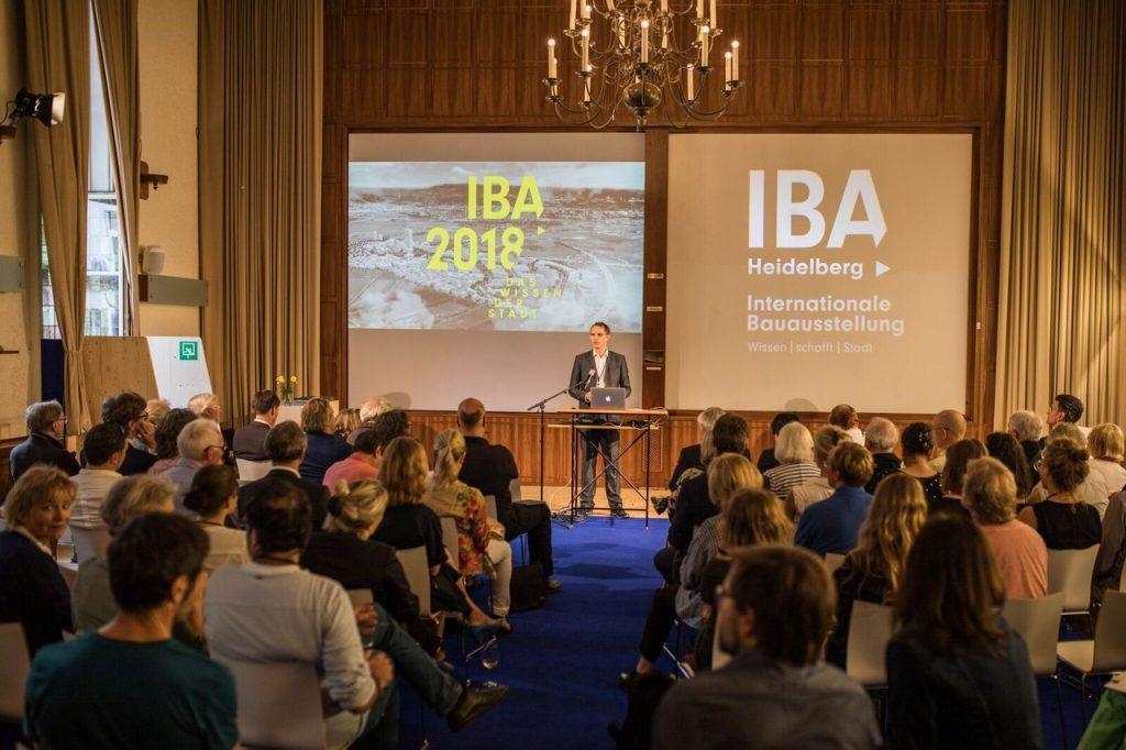 Finissage der IBA-Ausstellung im Ballroom des Mark Twain Centers