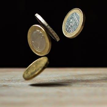 Arbeit und Einkommen
